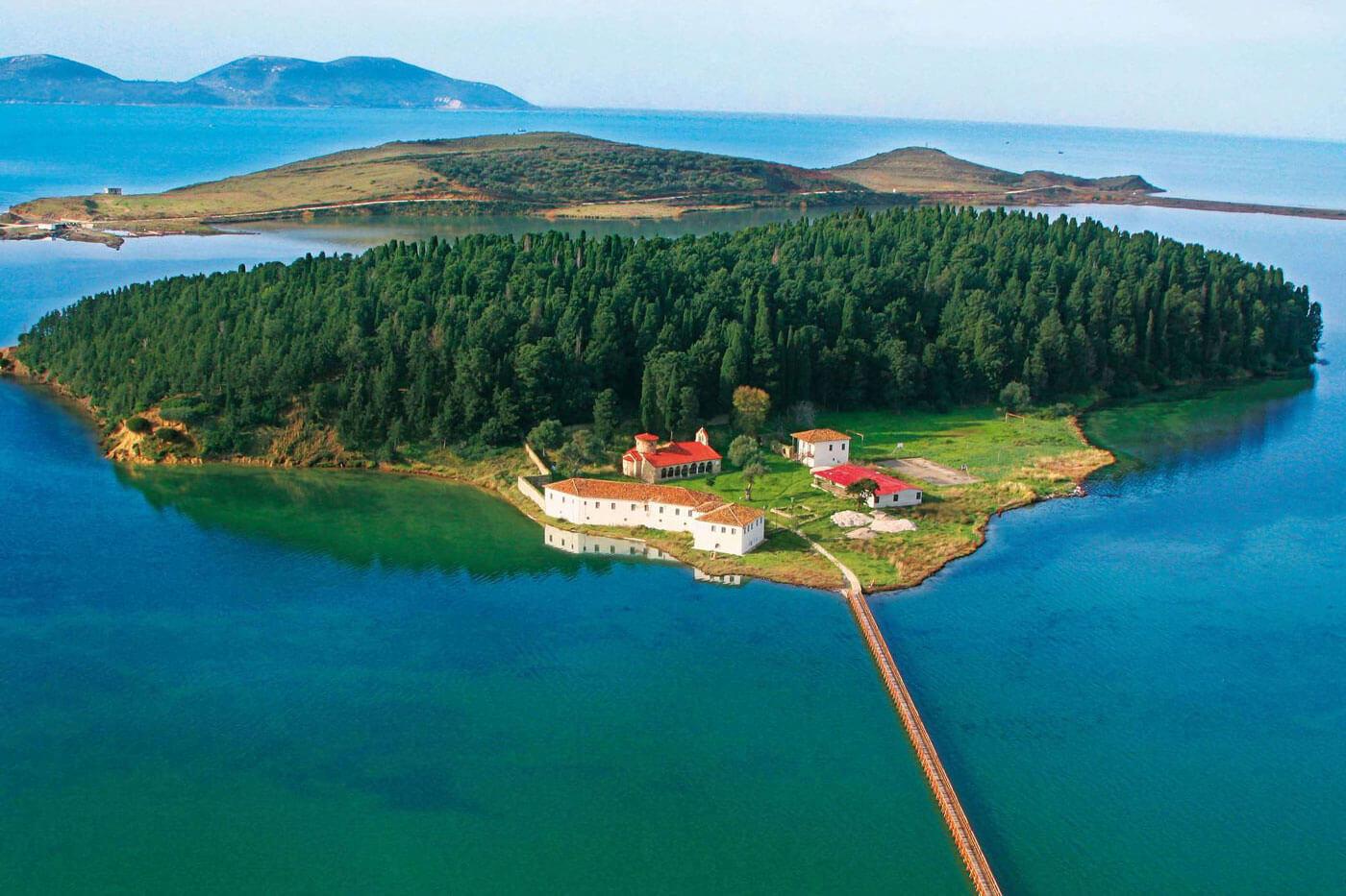 Zvernec klooster in Albanie