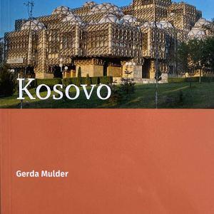 Kosovo-voorkant reisgids Gerda Mulder