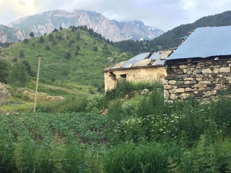 Radomire-oude-verlaten-huizen-