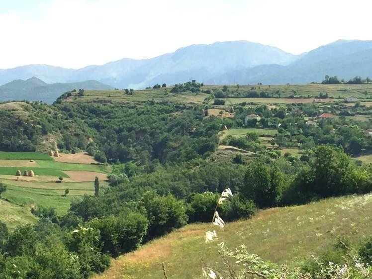 Landschap-in-de-Mat-regio-albanie
