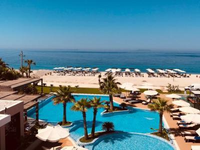miamar hotel himare zwembad buiten