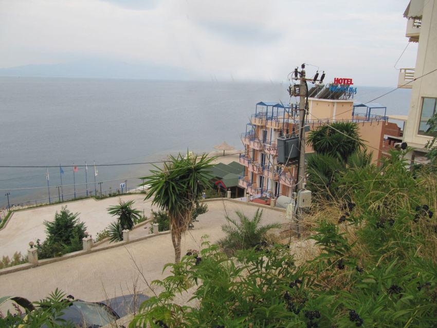2009 Saranda. Uitzicht-vanuit Hotel Nertili. Foto: Gerda Mulder