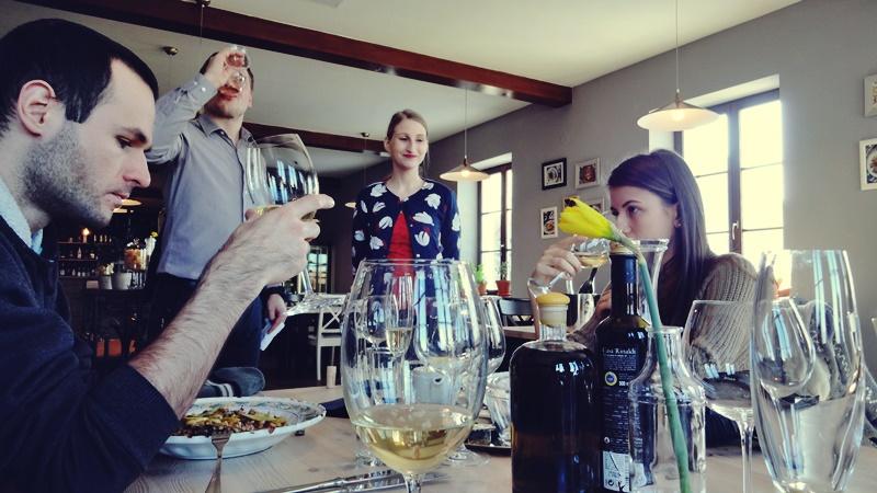 wine-tasting-tanzberg