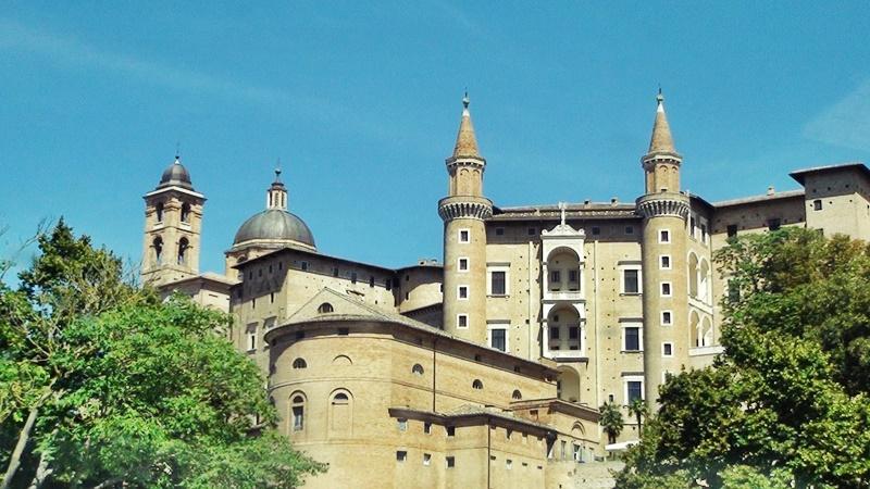 Urbino Italy tours