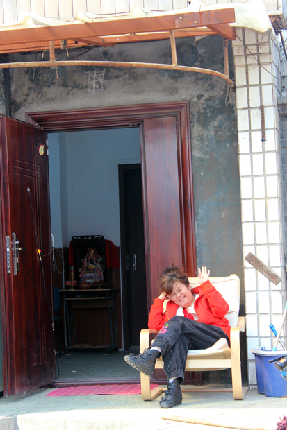 Friendly lady in the Hutong