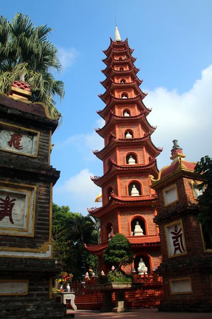 Tran Quoc-Pagode Westsee Hanoi Vietnam