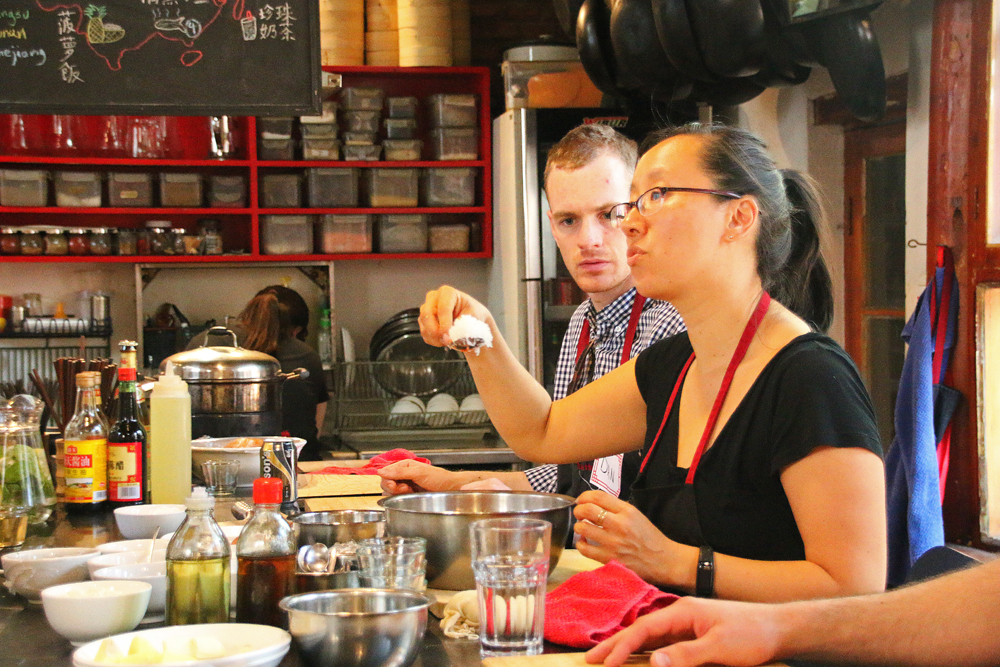 Travel Blogger Review 2016 - Dumpling Cooking class in my favourite cooking class in Beijing