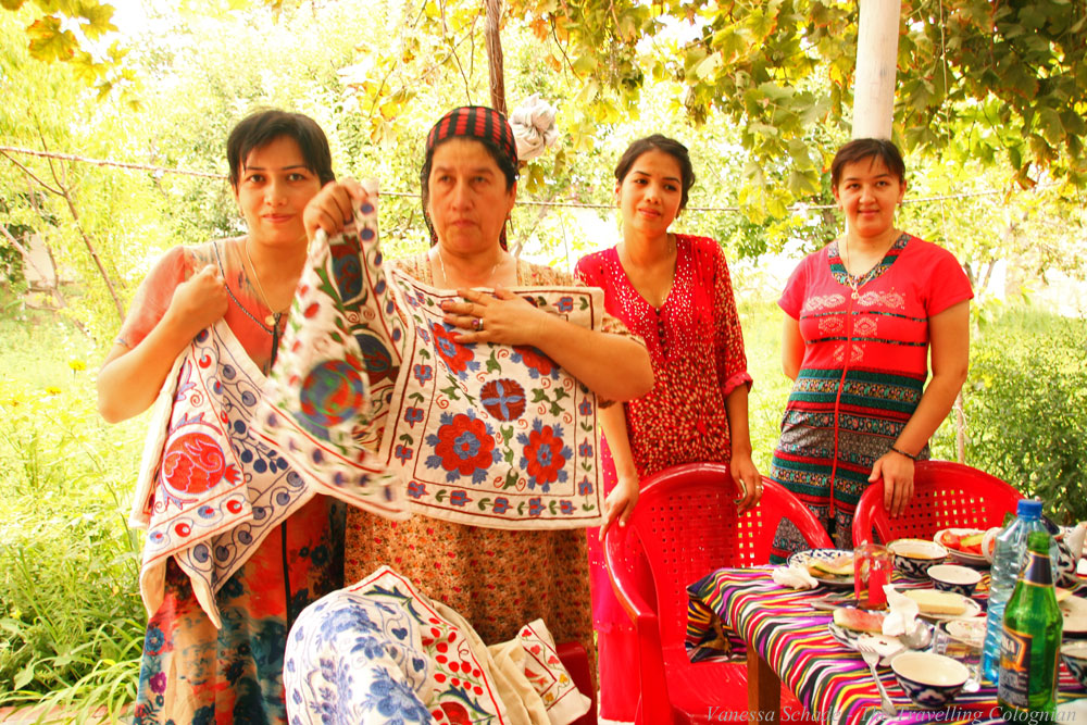 Nurata-Kysylkum-Uzbekistan-Locals-with-Suzani-Wool-Embroideries-Cushion-Covers