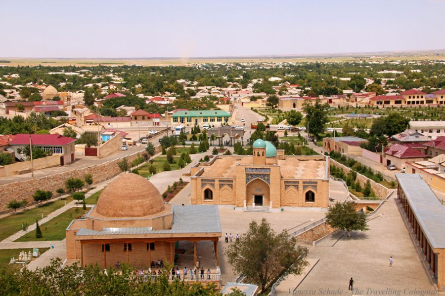 Nurata-Oasis-Town-Kysylkum-Desert-Uzbekistan