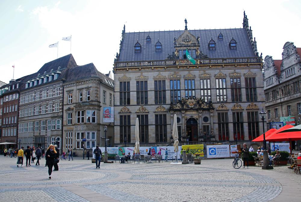 Der Schütting ist das Haus der Bremer Kaufmannschaft und liegt am Marktplatz in Bremen