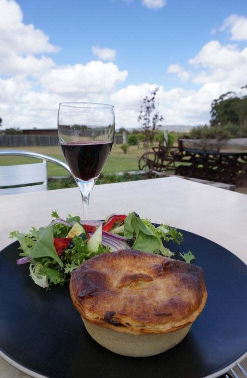 Ugly Duckling Wines Swan Valley - Pie & Wine