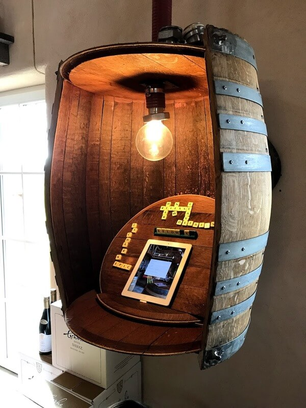 wine-barrel-artwork-and-sign-up-booth-at-tscharkes-in-the-barossa-valley