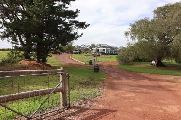 driveway leading into at estate 807 on scotsdale road denmark wine region