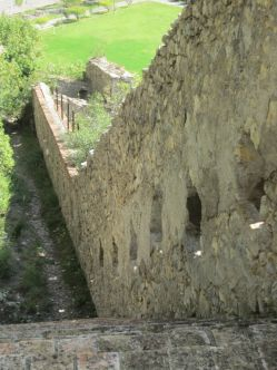 The wall along the path up to La Citadelle d'Entrevaux