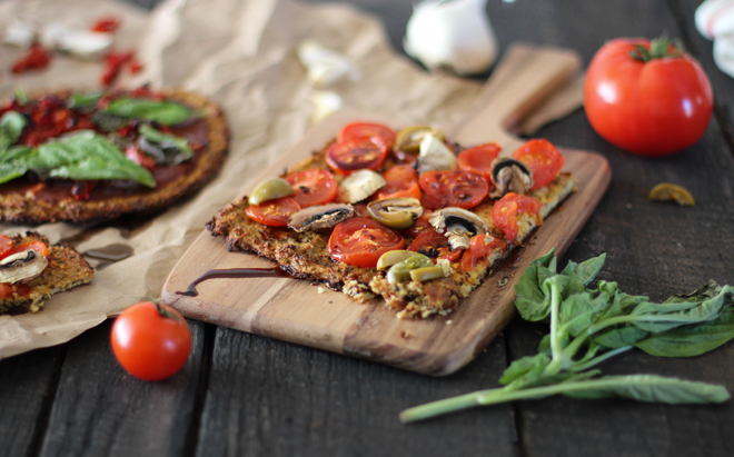 cauliflower pizza, high protein pizza, high fibre pizza, high fiber pizza, paleo pizza, gluten free pizza, low carb pizza