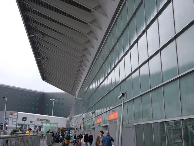 aeropuerto de varsovia 640