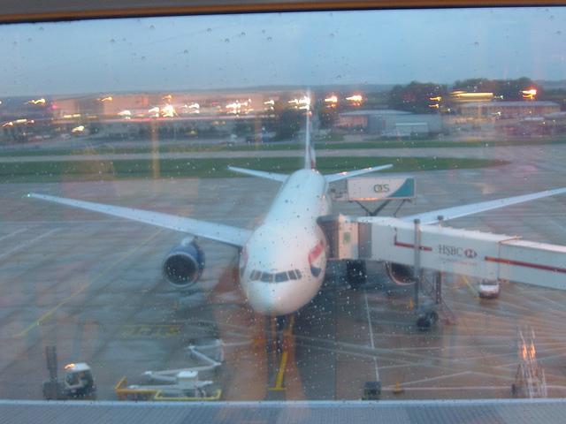 aeropuerto gatwick 640