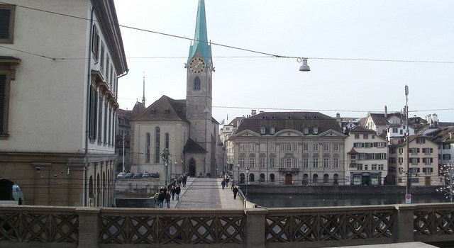 My Vueling City Zurich Game Over
