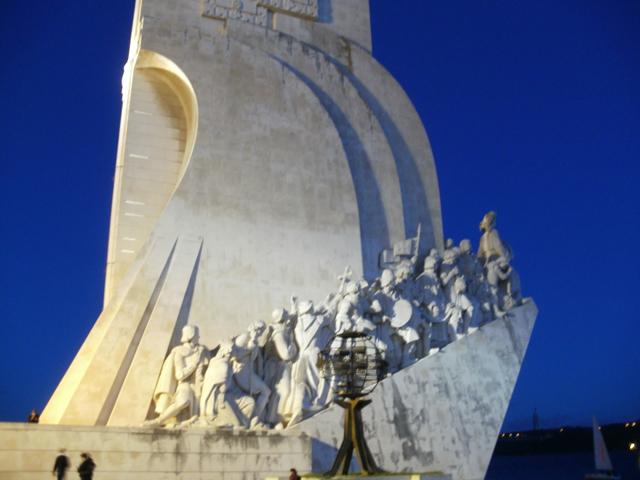 monumento-descubrimientos-belem