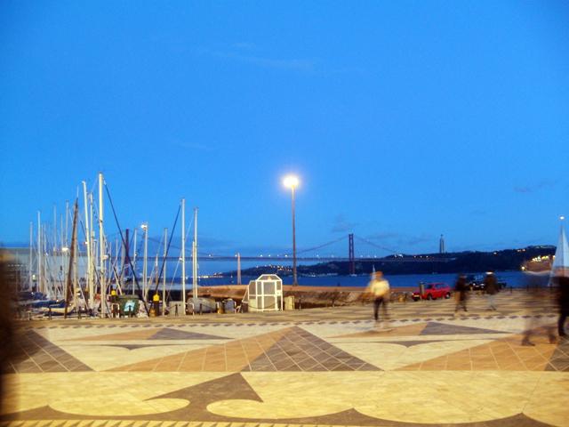 puente-25-abril-y-cristo-rei-belem