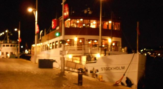 Un pequeño capricho: Cenando a bordo de un barco en Estocolmo