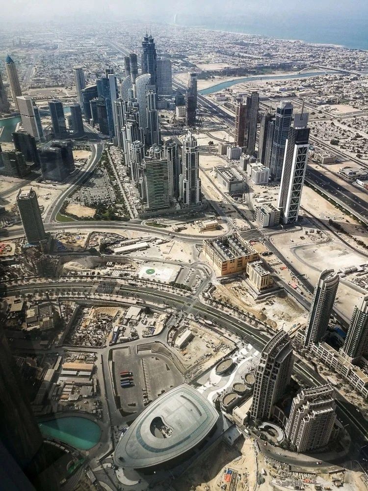 dubai bird's eye view from Burj Khalifa