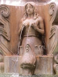 Creative fountain