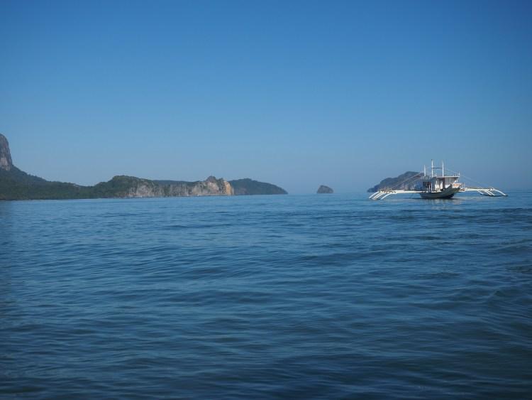 outrigger-boat-el-nido