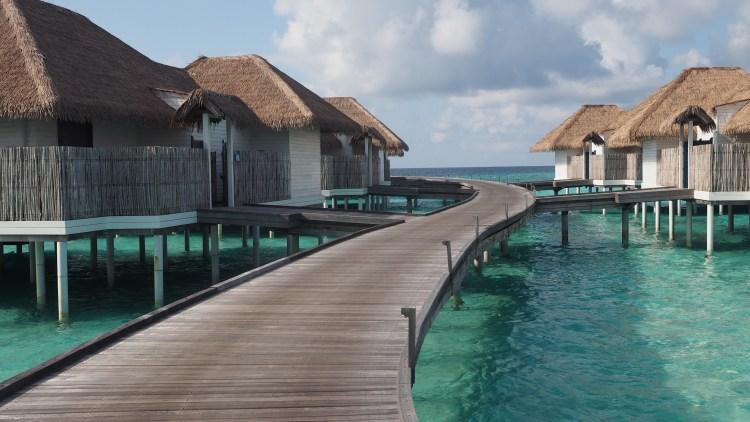 maalifushi-como-maldives-overwater