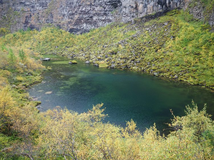 Ásbyrgi-iceland-canyon-wwellend