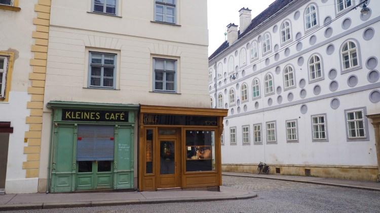 Kleines Cafe