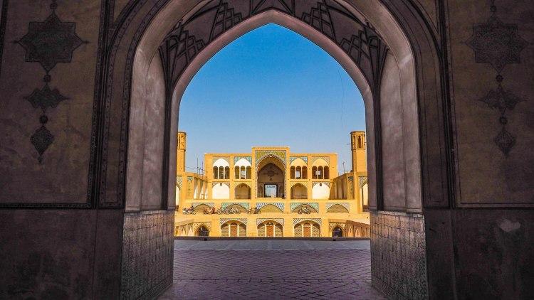 iran-kashan-travel-blog-backpacking-solo-female
