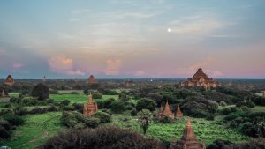 bagan-myanmar-travelling-the-world-solo-travel-blog-solo-female