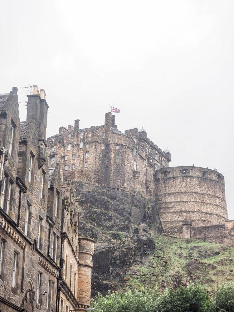 edinburgh-fringe-scotland-travel-blog-travelling-the-world-solo-female