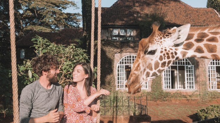 giraffe-manor-travel-blog-finland-travelliing-the-world-solo-nairobi-kenya