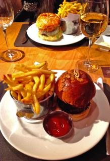 Yankee Burger & Piggy burger and a delicious chardonnay