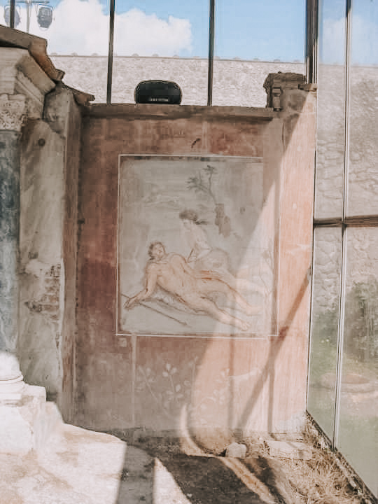 A painted fresco at the nuovo scavi in Pompeii