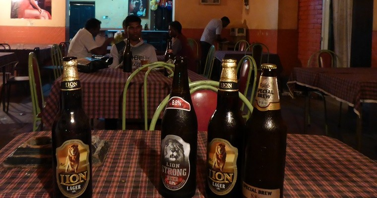 Local bars in Colombo