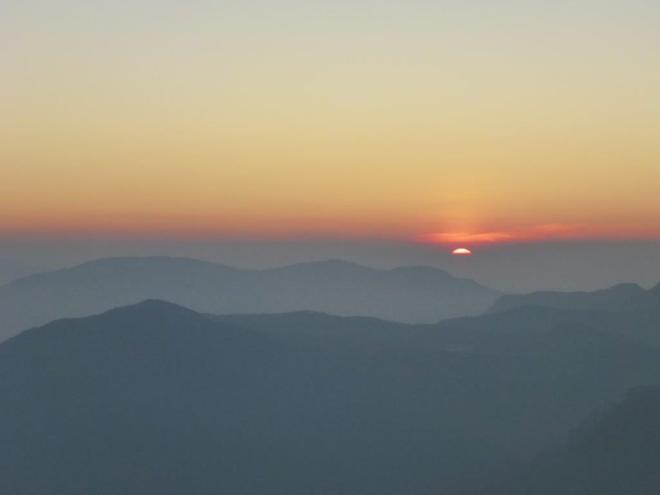 Sunrise seen from the top of Adam's Peak in Sri Lanka 3