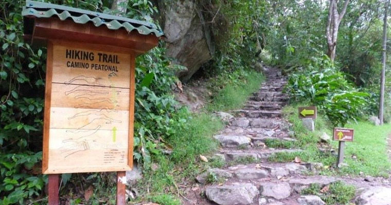 Hiking to Machu Picchu