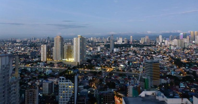 24 hours in Manila