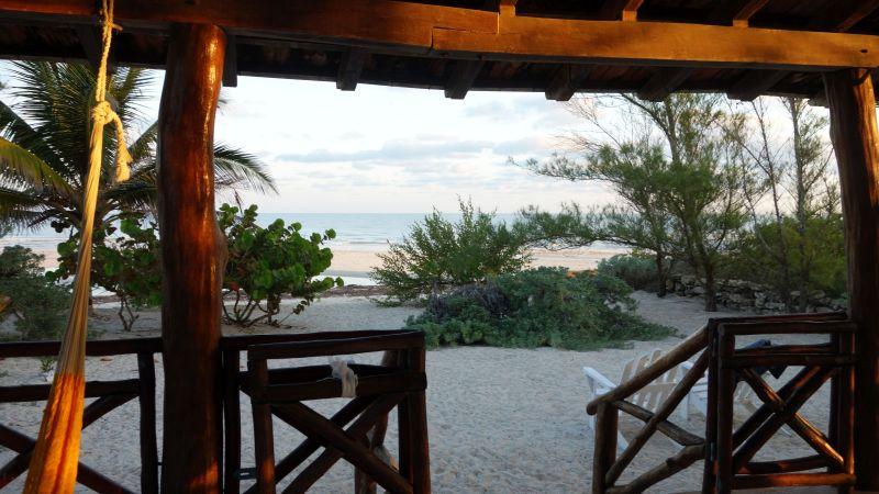 DSC04600 Morning on the Beach