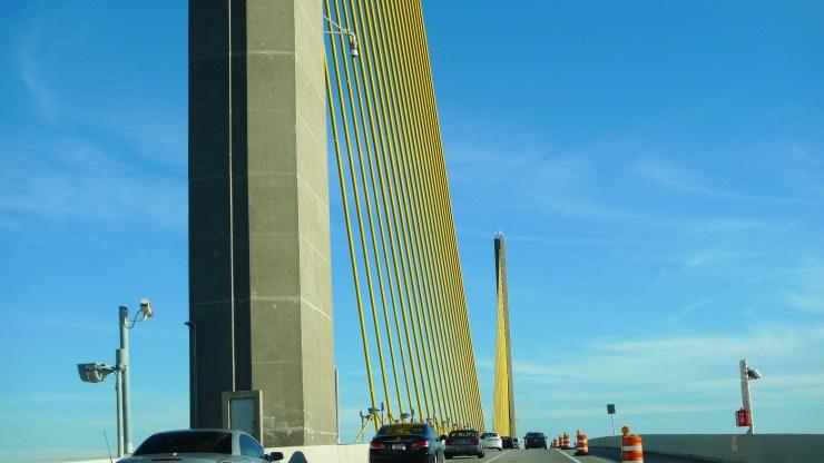 P1110400 A Unique Bridge