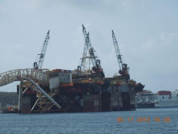 海上采油平台