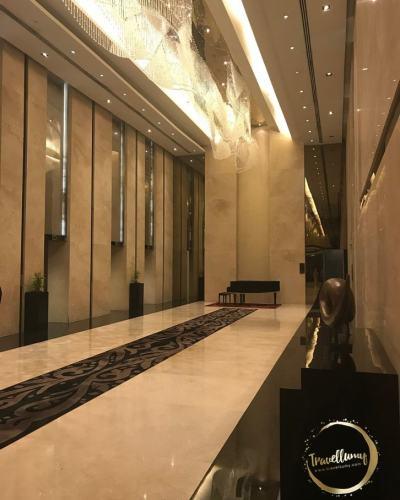 Review Hotel Crowne Plaza Semarang