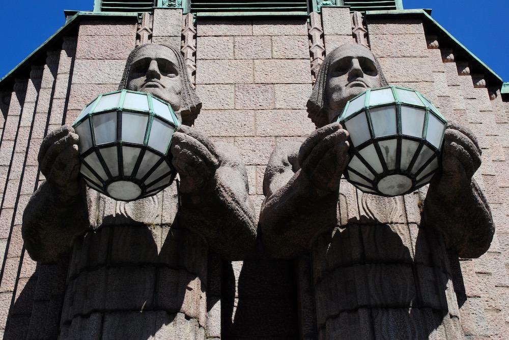 Stedentrip en cultuur in Helsinki Centraal Station van architect Eliel Saarinen