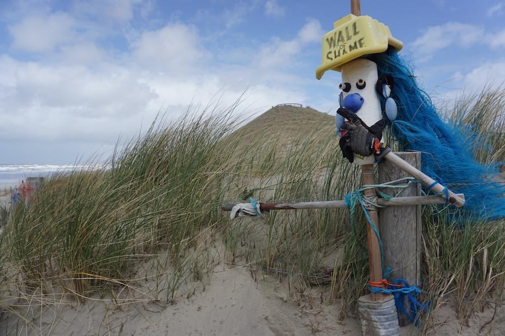 Roadtrip Kop van Noord Holland: Wall of Shame Petten aan Zee