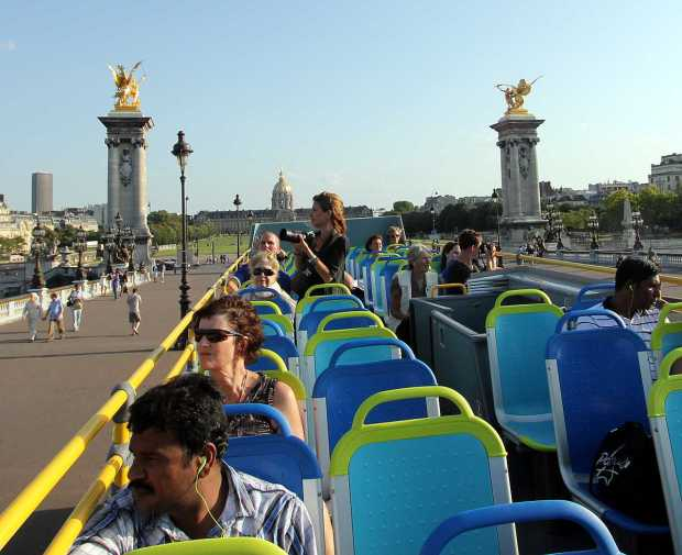 Paris by Bus: Pont Alexandre III