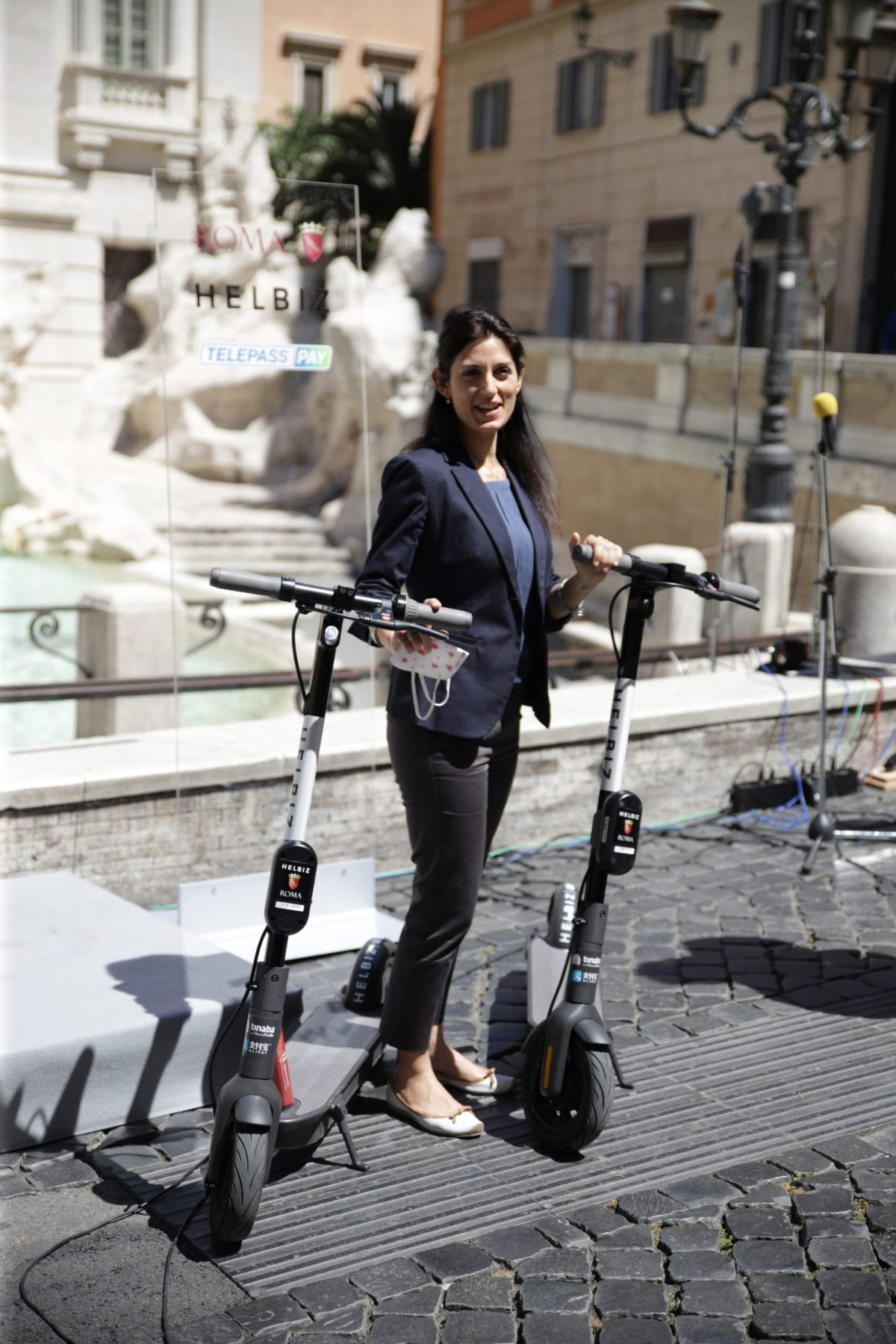 Mayor of Rome, Virginia Raggi with Helbiz e-scooters