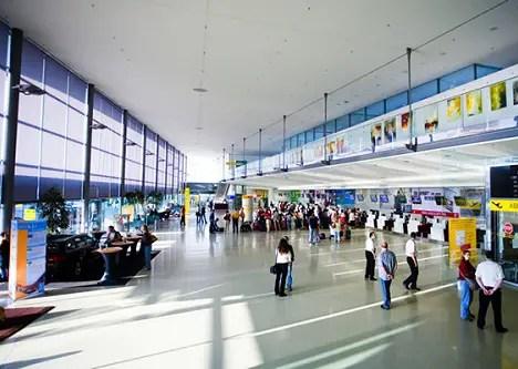 Guide To Montevideo Carrasco Airport,uruguay